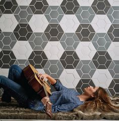 Let your home be your inspiration… Douglas Jones Mosaics – mosaics that inspire. Florstore OnTrend supplies and installs these stunning #mosaics. #Florstoreontrend #getthelook #inspiration http://www.florstore.co.za/