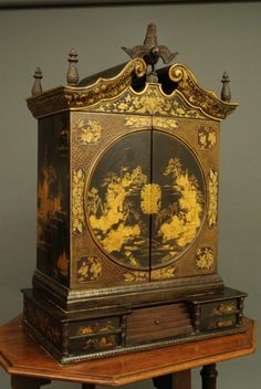OnlineGalleries.com - Chinese lacquer cabinet