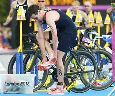Britain's Alistair Brownlee prepares to compete in the men's triathlon final during the London 2012 Olympic Games at Hyde Park August 7, 2012.