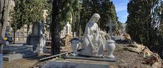 Cementiri de Montjuïc - kunstvoll gestaltete Gräber