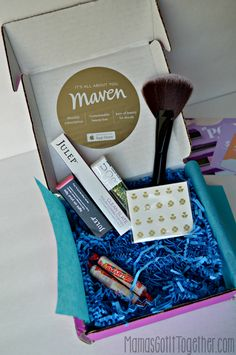 March Julep Maven Box review + new customers get a FREE box! Love this subscription box with makeup, nail, skincare, and other beauty products!