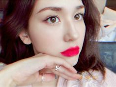 Find images and videos about kpop, icon and ioi on We Heart It - the app to get lost in what you love. Mode Rose, Jeon Somi, Picture Credit, My Idol, Makeup Looks, Stud Earrings, Singer, Kpop, Celebrities