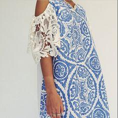 Love this blue Mykonos kaftan with the lace off shoulder @house_of_kaftans Dubai based designer