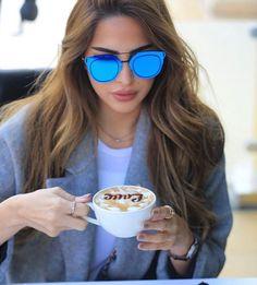 Quem gosta de começar o dia com uma bela xícara de #café ? ☕ #cafelover #bomdia #love #terça #dior #composit