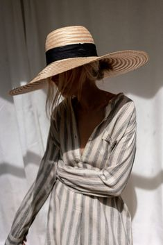 Korean Fashion Kpop, 80s Fashion, Boho Fashion, Fashion Looks, Fashion Trends, Turbans, Leotard Fashion, Layered Fashion, Summer Wardrobe