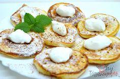Fluffige Joghurt-Pfannkuchen - ein gesundes Frühstück, das ihr lieben werdet. Bei uns zu Hause ist dieses Gericht der Renne