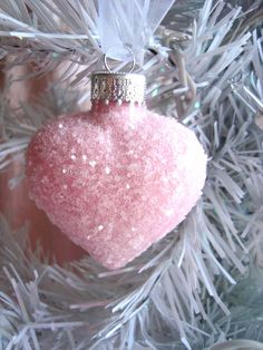 Pink Glass Heart Ornament add some white gitter angel wings . Noel Christmas, All Things Christmas, White Christmas, Christmas Bulbs, Christmas Crafts, Christmas Decorations, Holiday Decor, Homemade Christmas, Holiday Parties