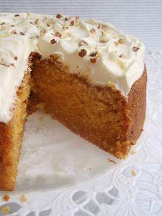 Carrot Cake, Vanilla Cake, Carrots, Food And Drink, Pudding, Yummy Food, Baking, Hamburgers, Desserts