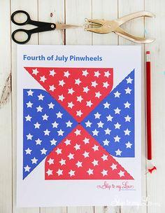 Free printable Fourth of July pinwheel DIY #make #fourthofjuly skiptomylou.org