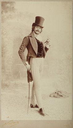 holdthisphoto: Man with top hat, Paris, 1890 by Felix Nadar Do you think he looks like a player? hahahaha holdthisphoto: Man with top hat, Paris, 1890 by Felix Nadar Do you think he looks like a player? Historical Costume, Historical Clothing, Historical Photos, Retro Mode, Vintage Mode, Vintage Stuff, Belle Epoque, Victorian Fashion, Vintage Fashion