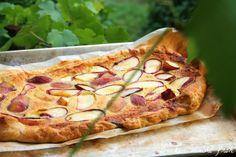 Backen macht froh-Kochen ebenso: Einfach und schnell: Weinbergpfirsich-Mandeltarte