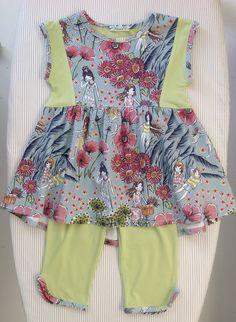 Taille 110 création personnelle à partir d'un Modèle Ottobre Apron, Creations, Couture, Fashion, Human Height, Pinafore Apron, Moda, Haute Couture, Fasion