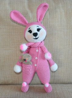 Amigurumi bunny in pajamas - free crochet pattern, stuffed toy, #haken, gratis patroon (Engels) konijn in pyama, knuffel, speegoed, #haakpatroon