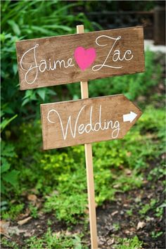 Wedding signs - we need signs at the enterance of Nazareth b/c it sometimes gets lost in the woods! Also to the parking lot and to the front enterance? Ceremony Signs, Reception Signs, Wedding Signage, Reception Decorations, Great Gatsby Wedding, Plan My Wedding, Dream Wedding, Wedding Stuff, Cute Signs