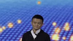 China's largest internet company wants to give free internet to Indians Read more Technology News Here --> http://digitaltechnologynews.com  Chinese giant Alibaba could soon join the growing number of entities that are pushing free internet access in India.   SEE ALSO: Trump seems to like at least one thing about China: Alibaba's Jack Ma  Alibaba which owns UCWeb is in talks with telecom operators and Wi-Fi providers in the country to offer free data to Indians Jack Huang President of…