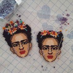 #incirboncuk Frida'lar yola hazırlanıyorlar  #peyote #hediye #ethnic #kolye #necklace #istanbul #elemegi #fridakahlo #miyuki #miyukibileklik