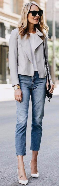 simple casual style wearing pastel jacket with ankle jeans