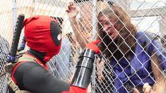 deadpool cosplay GIFs on Giphy Deadpool Animated, Deadpool Funny, Deadpool And Spiderman, Batman Comics, Marvel Funny, Funny Comics, Marvel Dc, Deadpool Stuff, Avengers