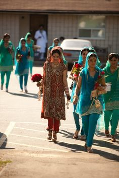 Shalini Wahi and Rishi Indian Wedding Deco, Indian Wedding Fashion, Sikh Wedding, Indian Wedding Outfits, Bridal Outfits, Indian Bridal, Wedding Suits, Indian Outfits, Punjabi Wedding Suit
