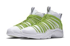"""Nike Transforms Gary Payton's """"The Glove"""" Sneaker Into the Zoom Cabos"""