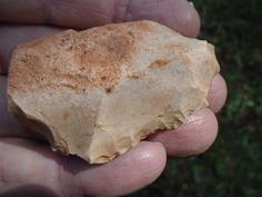 typical tan chert scraper from Hood county Texas