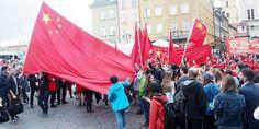 Polsko-Chińska manifestacja pod Zamkiem w Warszawie. Rok 2016 r. Fotorelacja
