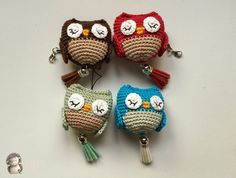 Buhos amigurumis Crochet Owls, Crochet Amigurumi, Crochet Cross, Crochet Yarn, Crochet Patterns, Crocheted Hats, Owl Crafts, Diy And Crafts, Amigurumi Tutorial