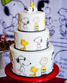 Ideas desserts for kids birthday sweets Snoopy Party, Snoopy Birthday, Bolo Snoopy, Snoopy Cake, Birthday Sweets, Birthday Cake, Happy Birthday, Peanut Cake, Charlie Brown And Snoopy