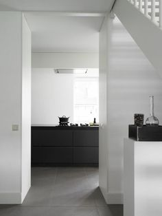 Like the contrast of black and white and clean lines