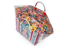 Manilacaba Tote Bag, a nova criação de Christian Louboutin