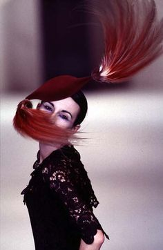 Philip Treacy - Ready-to-Wear - Runway Collection - Women Fall / Winter 1996 Philip Treacy, Close Up, Ready To Wear, Fall Winter, Runway, Collections, How To Wear, Image, Women
