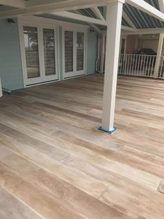 Concrete floor stained to look like a wood floor! I love this! Concrete floor stained to look like a Concrete Patios, Cement Patio, Patio Paint, Stained Concrete Porch, Painted Concrete Floors, Painting Concrete, Painted Wood, Concrete Wood Floor, Stain Concrete