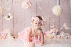 Celebrate a milestone in your baby's life with themed baby cake smash photos by Brandie Narola Photography. 1st Birthday Photoshoot, Baby Girl 1st Birthday, Girl Birthday Themes, Girl Themes, First Birthday Parties, Birthday Decorations, Baby Cake Smash, Cute Babies Photography, Cake Smash Photos