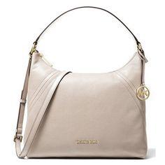 Kožená kabelka MICHAEL KORS ARIA Large Pebbled Leather Bag je vyrobena z oblázkové kůže v jemně béžové barvě. Kabelka se rázem stane elegantním doplňkem každého outfitu. Pebbled Leather, Leather Bag, Michael Kors, Rebecca Minkoff, Versace, Bags, Fashion, Handbags, Moda