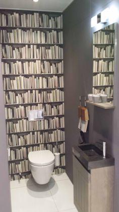 Livros no banheiro