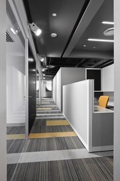 Good Ideas Corporate Office Design Make Happy Worker Corporate Office Design, Office Space Design, Modern Office Design, Corporate Interiors, Workplace Design, Office Interior Design, Office Interiors, Office Designs, Corporate Offices