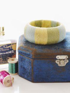 DIY: yarn bangles