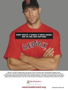 Gabe Kapler - (Baseball-)Spieler der Red Sox - im Rahmen einer Kampagne zur Sensibiliserung von jungen Männern hinsichtlich häuslicher Gewalt.