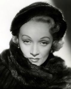 """Marie Magdalene or """"Marlene"""" Dietrich was a German-born American actress and singer. She was one of the highest-paid actresses of the era. Marlene Dietrich, Golden Age Of Hollywood, Vintage Hollywood, Classic Hollywood, Hollywood Style, Hollywood Glamour, Old School Fashion, Divas, Soldiers Returning Home"""