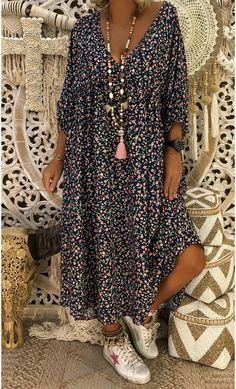 Bohemian Plus Size Printed Loose Dresses – sheinlook Half Sleeves, Types Of Sleeves, Loose Dresses, Nice Dresses, Kaftan Tops, Estilo Hippie, Neck Pattern, Glamour, Kimono Top