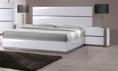 Bring a unique, modern touch to your home with the Mehdi Modern Gloss White/ Grey Bed. This bed features a simple, sleek design and is available in both king and queen sizes. Wood Bed Design, Bedroom Bed Design, Modern Bedroom, Headboard And Footboard, Headboards For Beds, Modern Murphy Beds, Modern Platform Bed, Donia, Grey Bedding