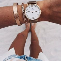 This beautiful watch will wow you with its rose gold case, classic white dial and chic mesh strap in rosé. Shop now! Jewelry Box, Jewlery, Jewelry Accessories, Fashion Accessories, Alesund, Kapten & Son, Love Photos, Backpacker, Bracelets