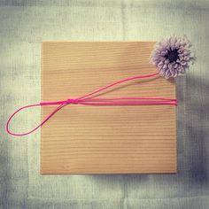 《7月の1dayレッスン》  テーマは、『花の玉手箱』 暑い夏も涼やかに!プリザーブドフラワーを使ったデザインです。  プレゼントにも最適です。蓋を開けた時の笑顔を想像しながら、作ってみませんか?  #花の教室 #花のある暮らし #花  #プリザーブドフラワー #1day #workshop #flower #box #handmade #design #7月 #july #artdevivre #FLEURSdeKYOTO #kyoto #京都