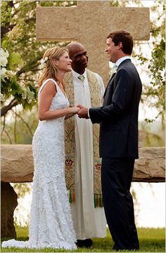 "Jenna Welch Bush, the younger of twin daughters born to President and Mrs. George W. Bush, married Henry Chase Hager on May 10, 2008 at the Prairie Chapel Ranch near Crawford, Texas. Saying their ""I do's"" at sunset, Jenna and Henry are joined at the limestone altar by Pastor Kirbyjon Caldwell, of the Windsor Village United Methodist Church in Houston. The altar was the President's idea – and it will stand as a permanent landmark on the Bushes' property."