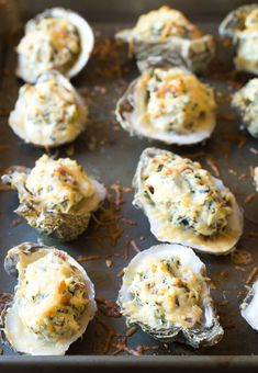 Molten Three-Cheese Baked Oysters Recipe (In The Shell! Baked Oyster Recipes, Spicy Recipes, Seafood Recipes, Cooking Recipes, Seafood Appetizers, Seafood Dishes, Fish And Seafood, Cheddar, Oyster Bake