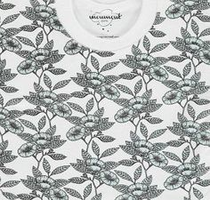Moumout Floral Bib Sweatshirt Pale blue `One size Fabrics : Cotton Composition : 100% Cotton Color : White, Verdigris Eco-friendly, Ideal for sensitive skin, Can be put on like a sweatshirt, Covers more than a traditional bib, no stain will escape it http://www.comparestoreprices.co.uk/baby-products--other/moumout-floral-bib-sweatshirt-pale-blue-one-size.asp