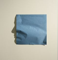 Papier in de schaduwkunst van Kumi Yamashita — De Monsterkamer Kumi Yamashita, Shadow Face, Shadow Play, Paper Artwork, Japanese Artists, Grafik Design, Photomontage, Light And Shadow, Oeuvre D'art