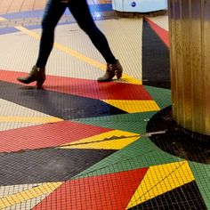 City strolls. #color #tile #mosaic