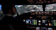 Simulateur de vol de l'avion Airbus A-320 de la compagnie Germanwings s'écrasant près de Barcelonnette ce mardi 24 mars 20