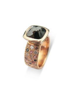 Black diamond 18ct gold